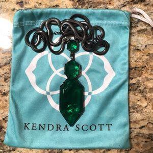Kendra Scott Wyatt Necklace in Emerald Illusion